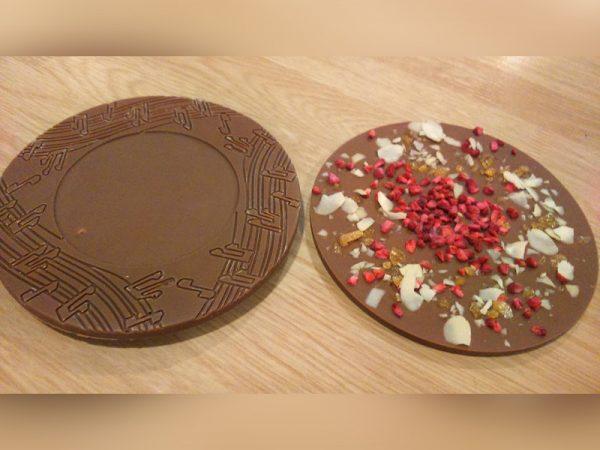 cd-alakú-kézműves-táblás-csokoládé-01