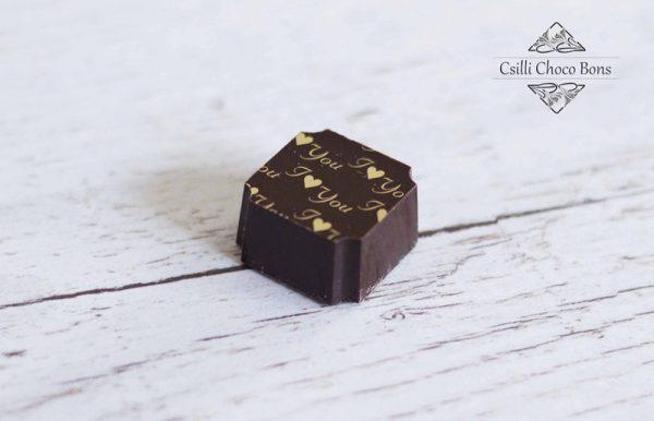 Csokismeggyes-ganache kézműves bonbon